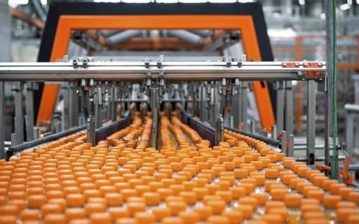 Abfüllanlage an der Produktionslinie