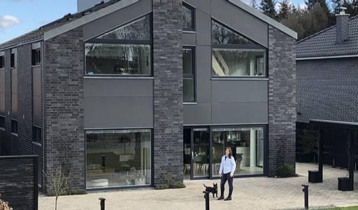 Installation von einem Mehrfamilienhaus