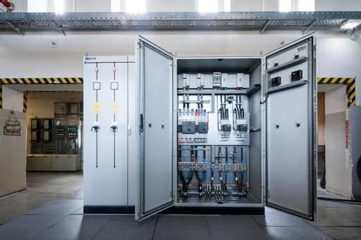 Neuer Strom für den St. Pauli Elbtunnel