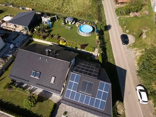 9,715 kWp Anlage mit Stromspeichersystem